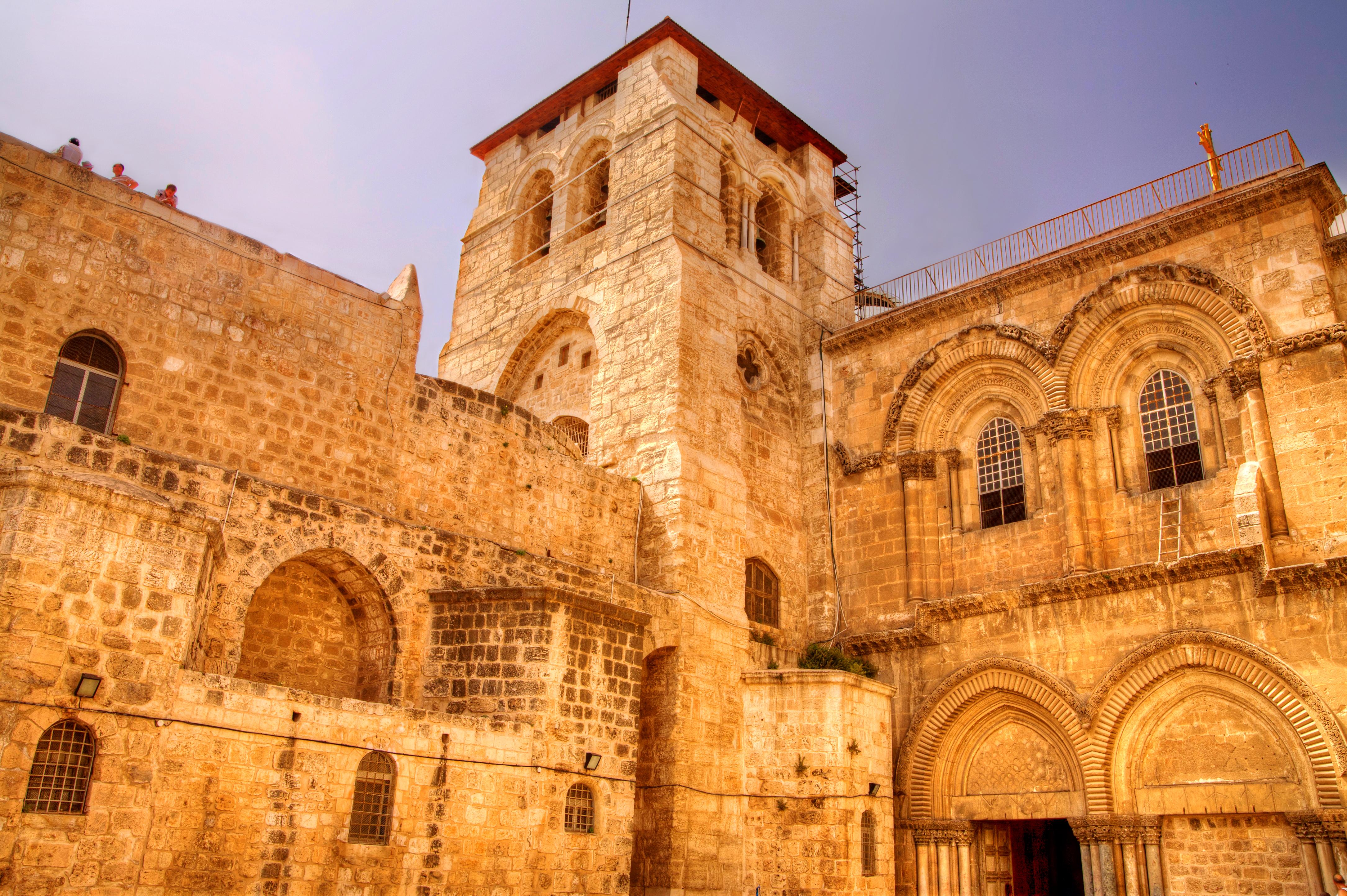 Reabre la iglesia del Santo Sepulcro de Jerusalén