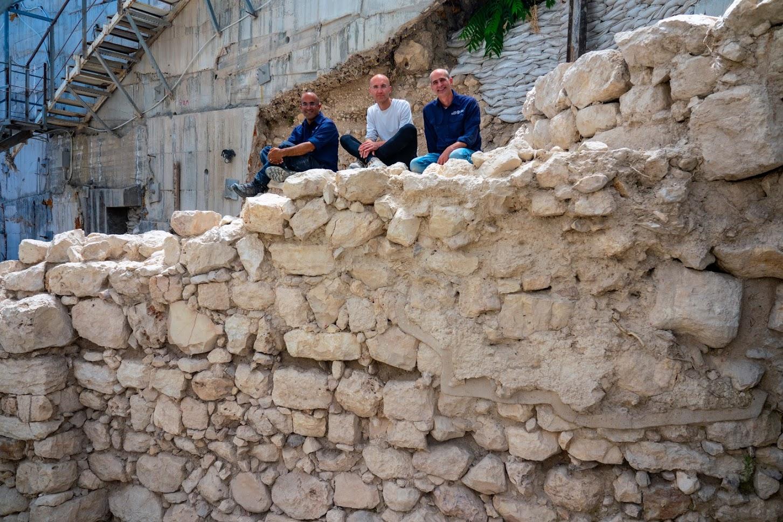 Descubren restos de una muralla antigua en el Parque Nacional de la Ciudad de David
